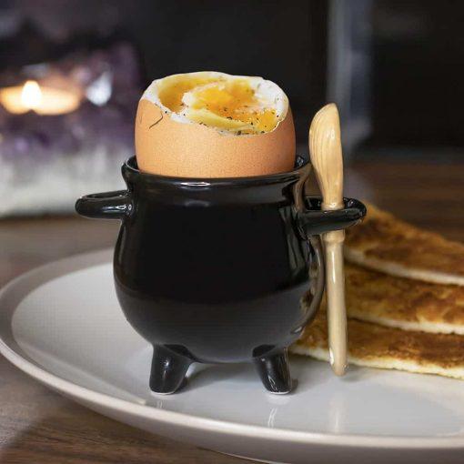 Æggebægre sæt sort heksekedel med kost/ske